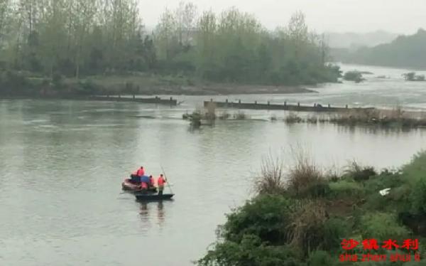 湖南水闸泄洪致3死,